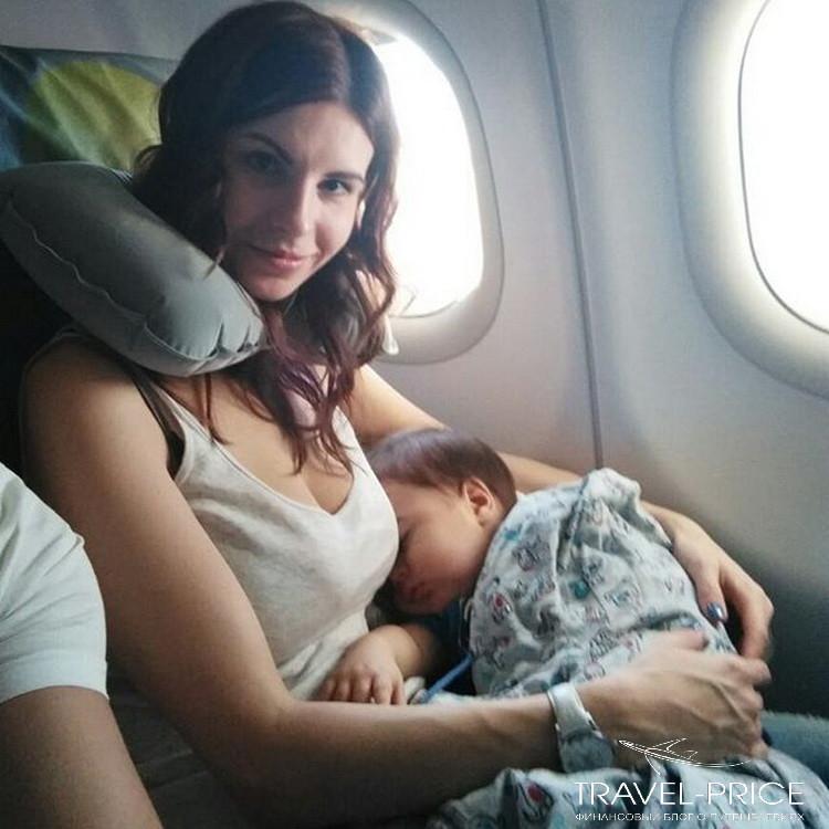 в самолет с малышом до года