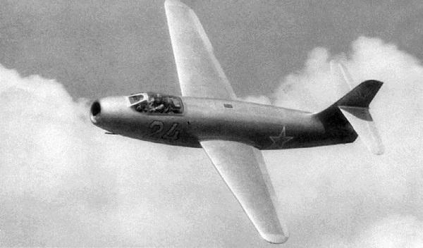 Як-19