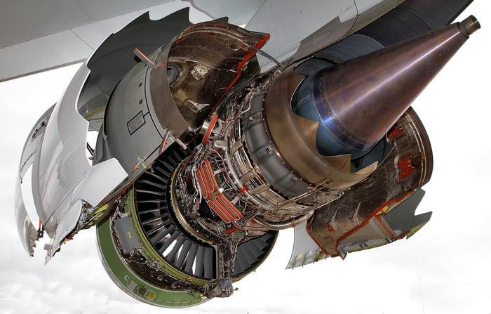 Боинг 747 двигатель