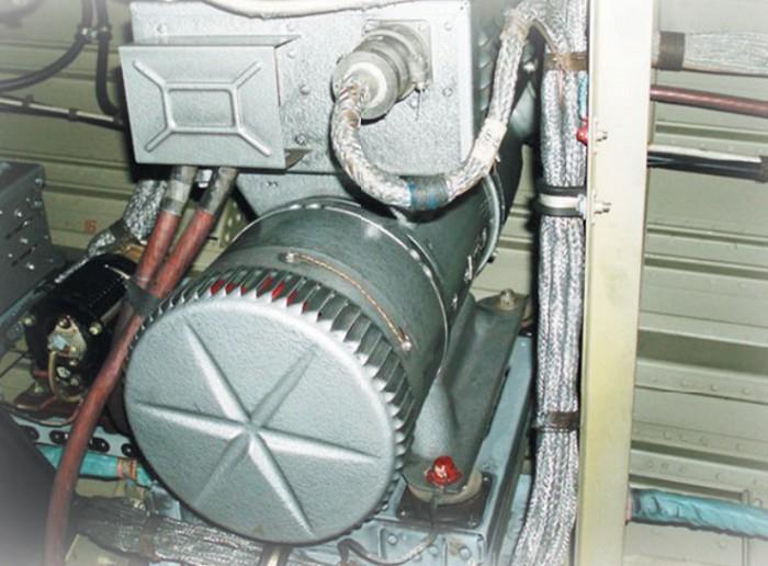 Часть бортовой системы электроснабжения самолета