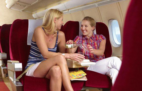 Как снять отек ног после самолета?