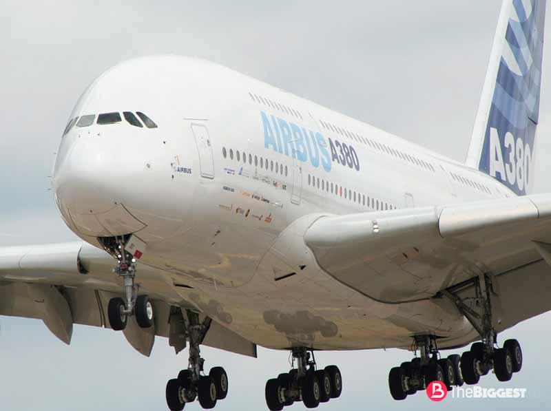 ТОП-10: Самые большие пассажирские самолеты в мире