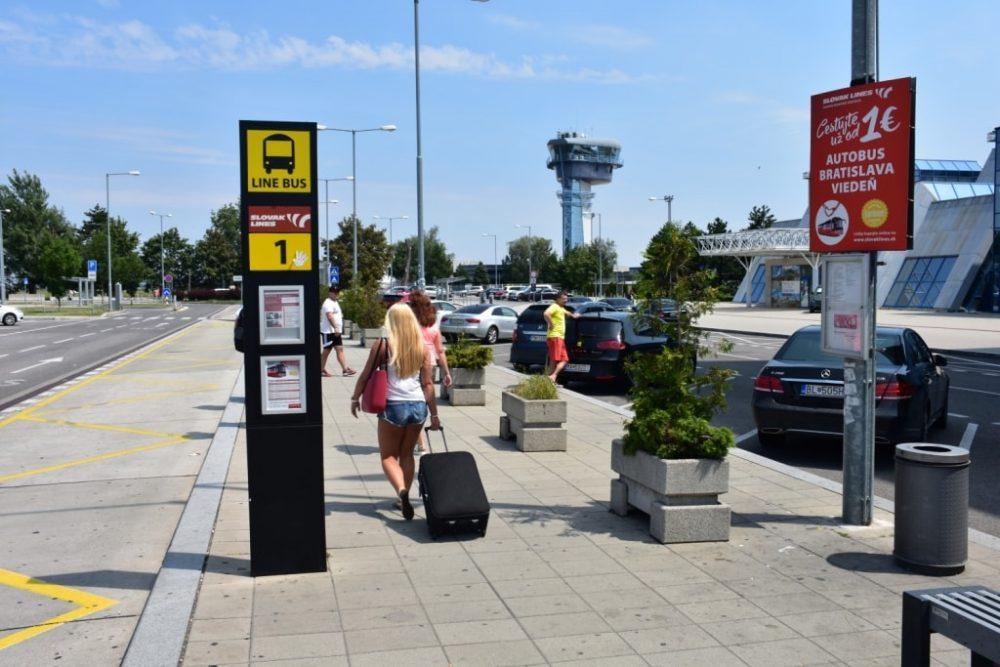 kak-doehat-v-venu-iz-aeroporta-bratislavy