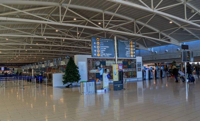 Терминал аэропорта Ларнака