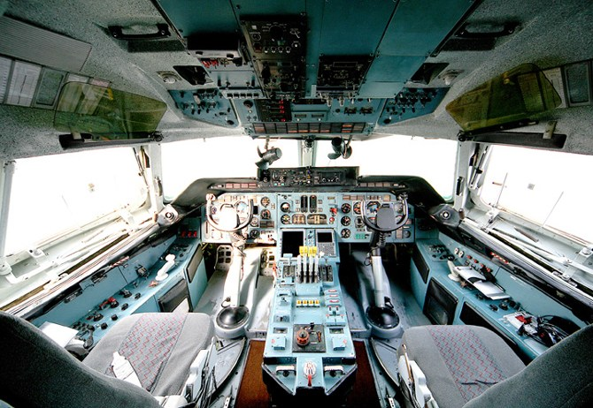 Ан-124 Руслан фото кокпит