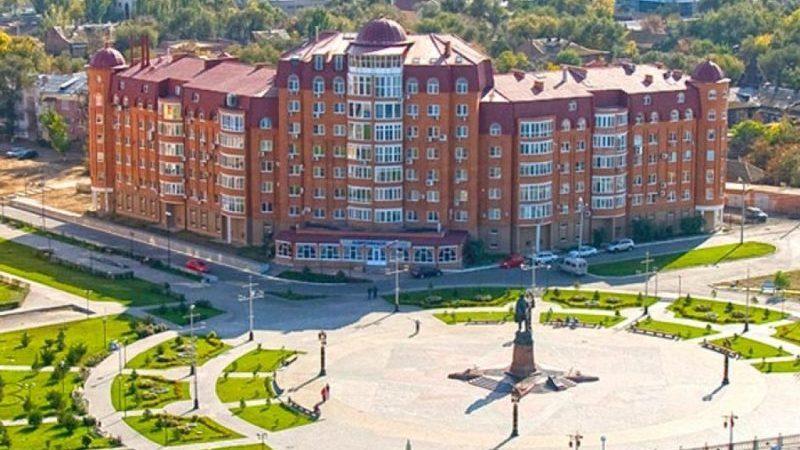 время в Астрахани сейчас разница с Москвой
