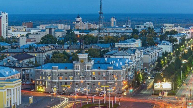 сколько лететь из Барнаула до Москвы на самолете