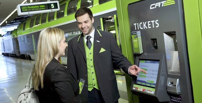 Билеты на экспресс-поезд CAT можно купить в специальных терминалах