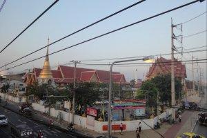 Храм недалеко от Don Mueang в Бангкоке
