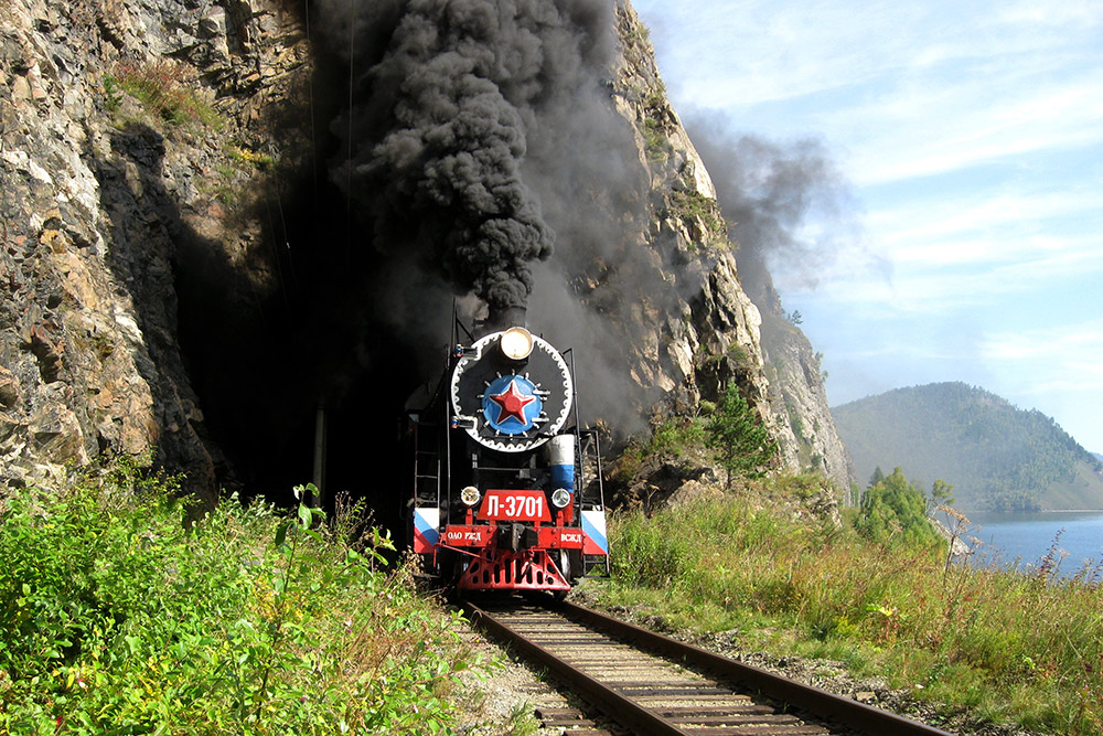 Ретро-паровоз, который тянет состав для экскурсий. Фото: Burtasovsky Kirill/Wikipedia