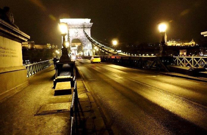 Как добраться до аэропорта Будапешта ночью