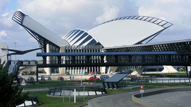 Аэропорт Шарль-де-Голль в Париже: как добраться в город