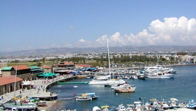 сколько лететь на Кипр из Краснодара