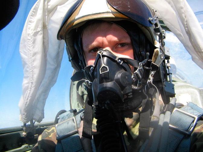 Пилот Су-25, ГеройРФ, гвардии майор Р.Филипов