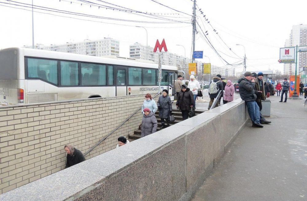 Станция метро Домодедовская