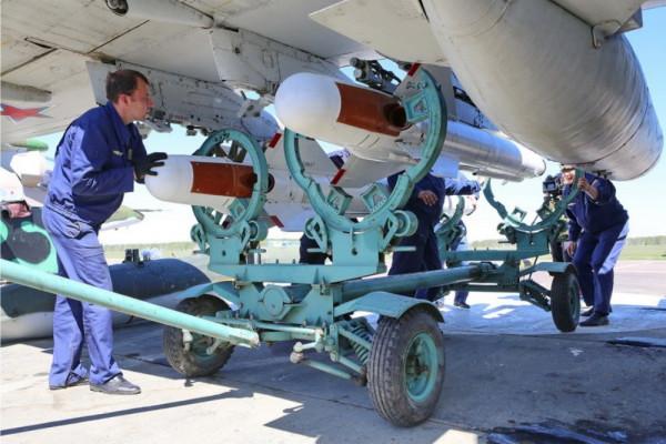 Штурмовик Су-25СМ3, установка ракет