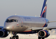Sukhoi Superjet 100 фото 2