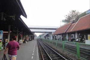 Поезд из Дон Муанг в Бангкок