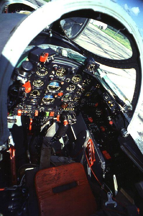 Як-28 кабина